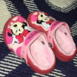 8C MINNIE MOUSE CROCS